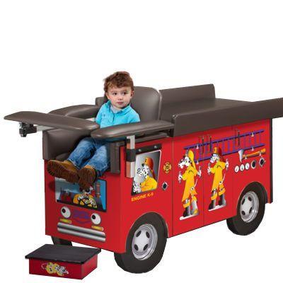 Clinton Pediatric Series Engine K-9 Blood Drawing Station